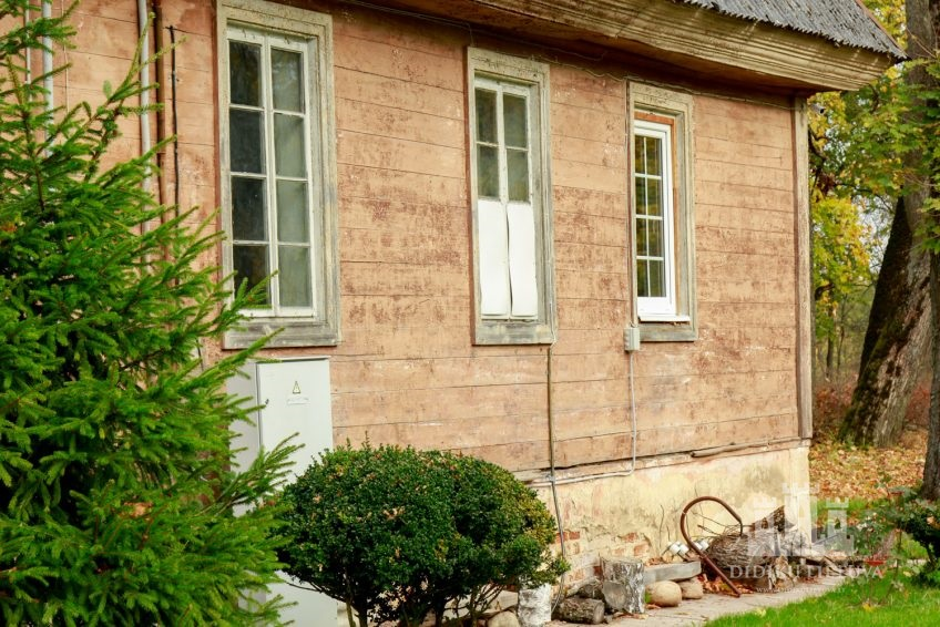 Trakų Vokės dvaro sodybos oficina