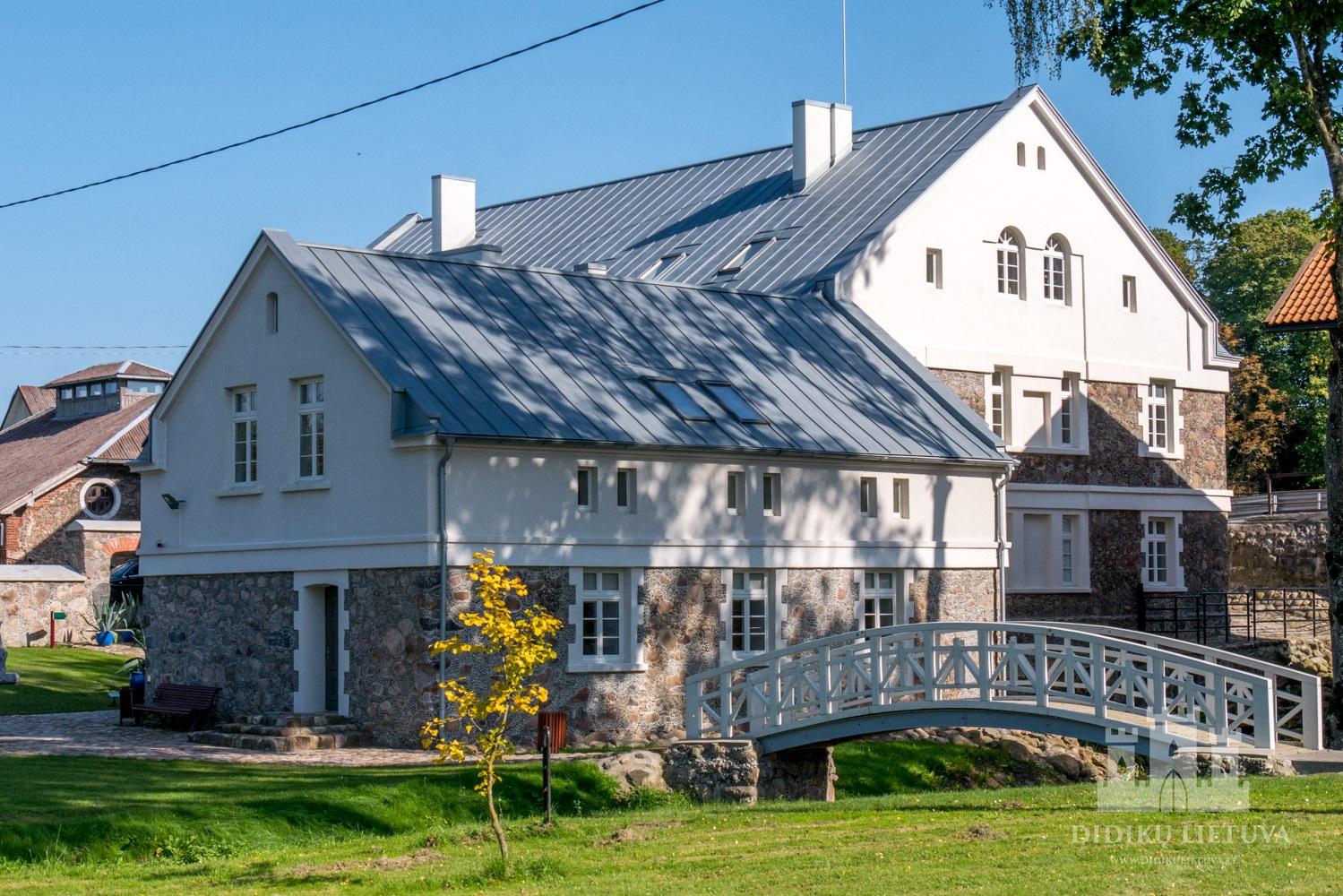 Kretingos dvaro sodybos ūkvedžio namas
