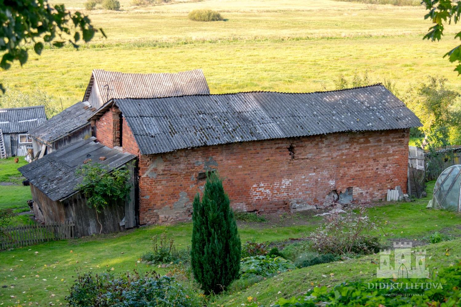 Kidulių dvaro sodybos trečiasis ūkinis pastatas